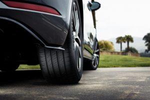 Goodyear fører dig videre med det nye EfficientGrip Performance 2-dæk